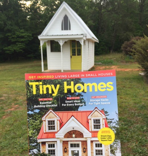 Tiny House Tuesday // Finding Ideas in a Magazine + Starbucks Giveaway